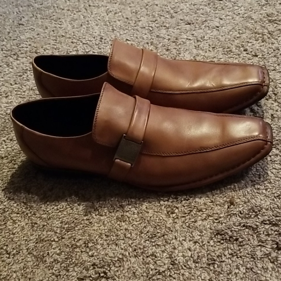 Kenneth Cole Reaction Size 13.